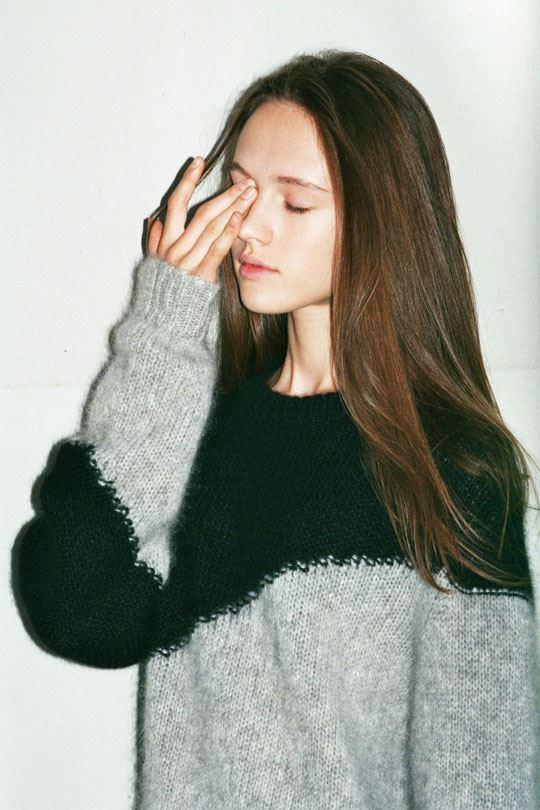 【外人】顔重視で世界の可愛いモデルを厳選した美少女ポルノ画像 2221