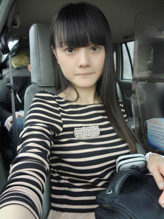 【外人】中国人ブロガーの美少女の旅行中の素人ポルノ画像 2277