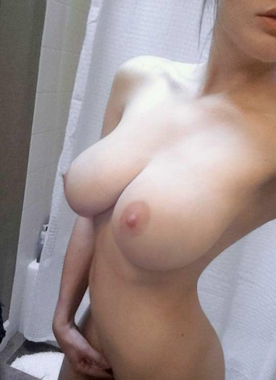 【外人】世界の美女を集めたセクシーヌードポルノ画像 235