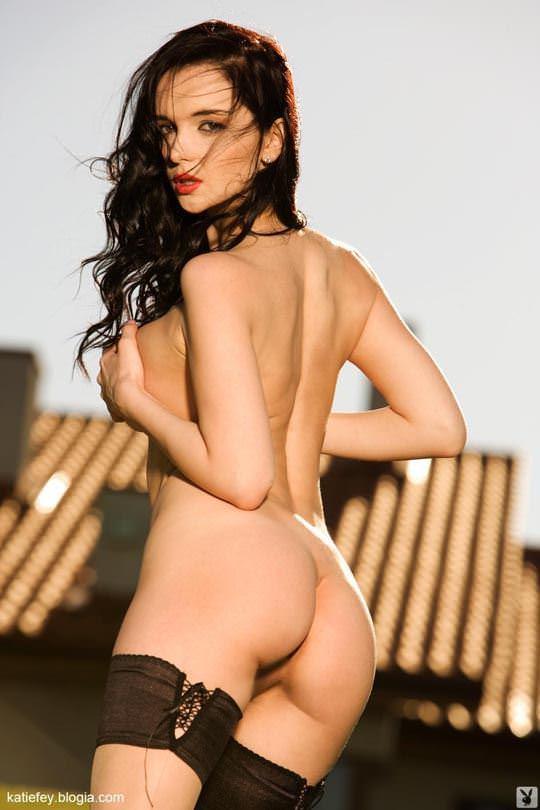 【外人】プレイボーイ誌に掲載されたウクライナ人ユージニア(Eugenia Diordiychuk)の美爆乳おっぱいヌードのポルノ画像 2431