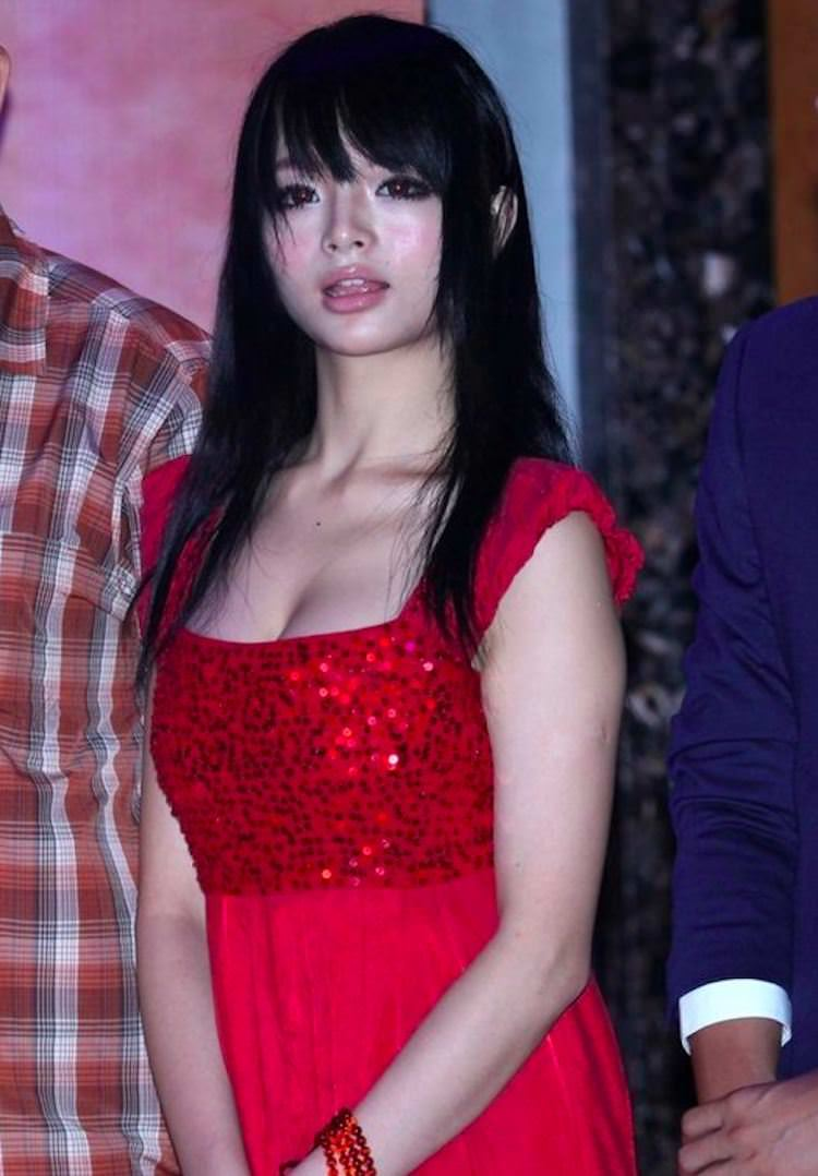 【外人】中国人のセクシーコスプレーヤーのリ・リン(李玲 Li Ling)の手ぶらヌードがめちゃシコなポルノ画像 246