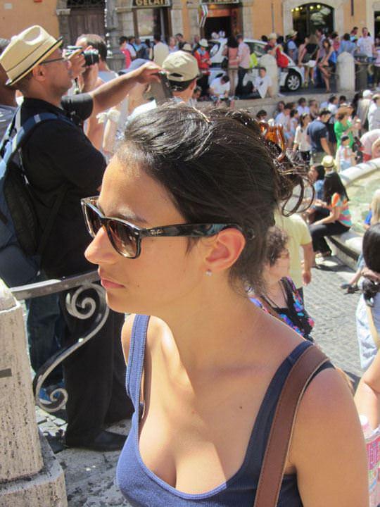 【外人】ローマで街撮りされちゃった女の子たちの着衣エロポルノ画像 261