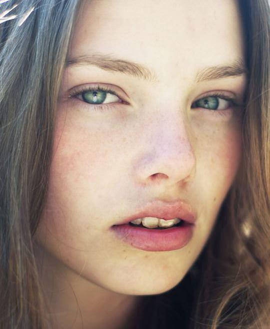 【外人】これぞ美少女顔なロリ娘クリスティン・フローセス(Kristine Froseth)のモデル写真ポルノ画像 2618