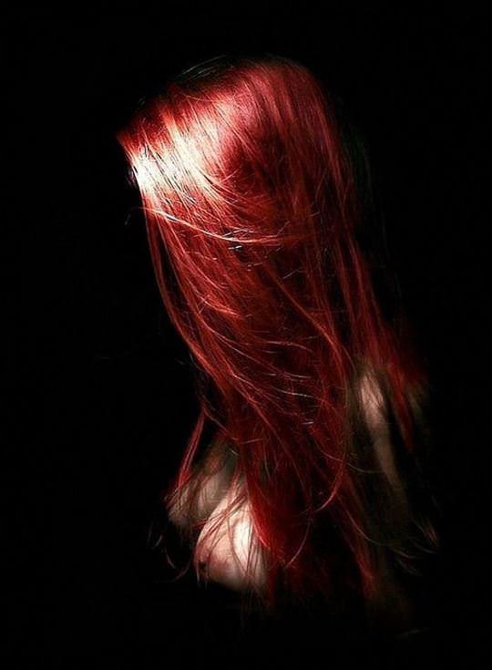 【外人】綺麗な赤毛を身に纏った美乳おっぱいヌードのポルノ画像 2626