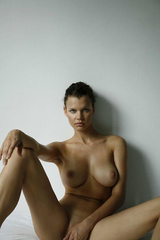【外人】美しすぎる海外美女たちをイギリス人写真家マイク·ドーソン(Mike Dowson)が撮影したヌードポルノ画像 2634