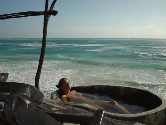 【外人】裸で居ることが大好きなヌーディスト達のアウトドアライフのポルノ画像 2641