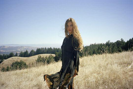 【外人】美しすぎるアメリカンモデルのアリナ·アリナイキーナ(Alina Aliluykina)のダイナマイトおっぱいポルノ画像 273