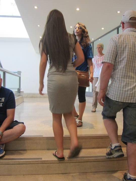 【外人】ローマで街撮りされちゃった女の子たちの着衣エロポルノ画像 30