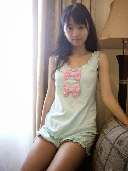 【外人】中国人の超絶美少女ひよこちゃんが童顔ロリ顔過ぎて26歳に見えないポルノ画像 3014