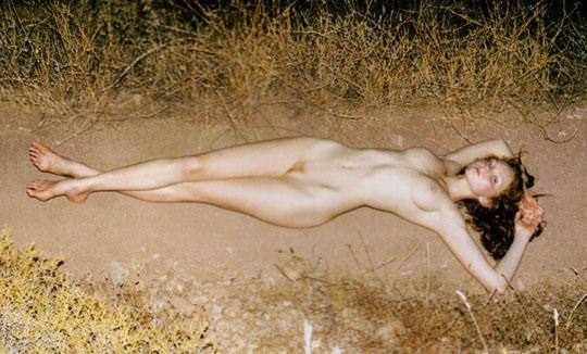 【外人】イギリス人モデルのリリー・コール(Lily Cole)が赤毛のロリ少女の様なヘアヌードポルノ画像 316