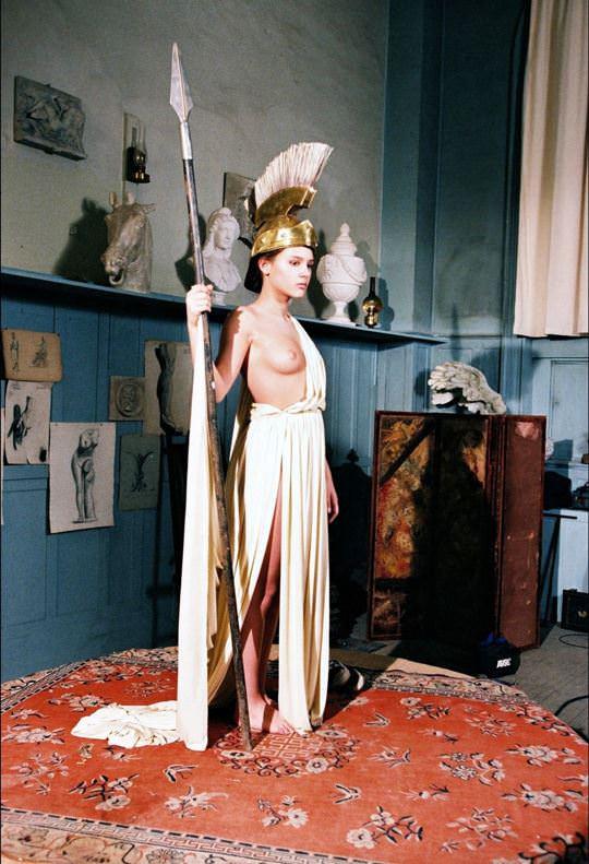 【外人】ロリ顔でめっちゃ可愛いフランス人女優のヴィルジニー・ルドワイヤン(Virginie Ledoyen)の若き日のおっぱいポルノ画像 3201