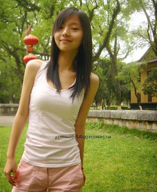 【外人】中国人の超絶美少女ひよこちゃんが童顔ロリ顔過ぎて26歳に見えないポルノ画像 3415