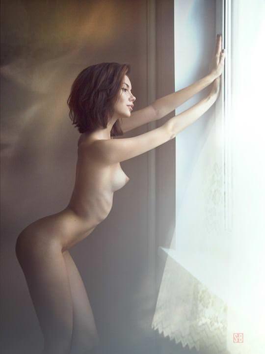 【外人】綺麗な赤毛を身に纏った美乳おっぱいヌードのポルノ画像 3517