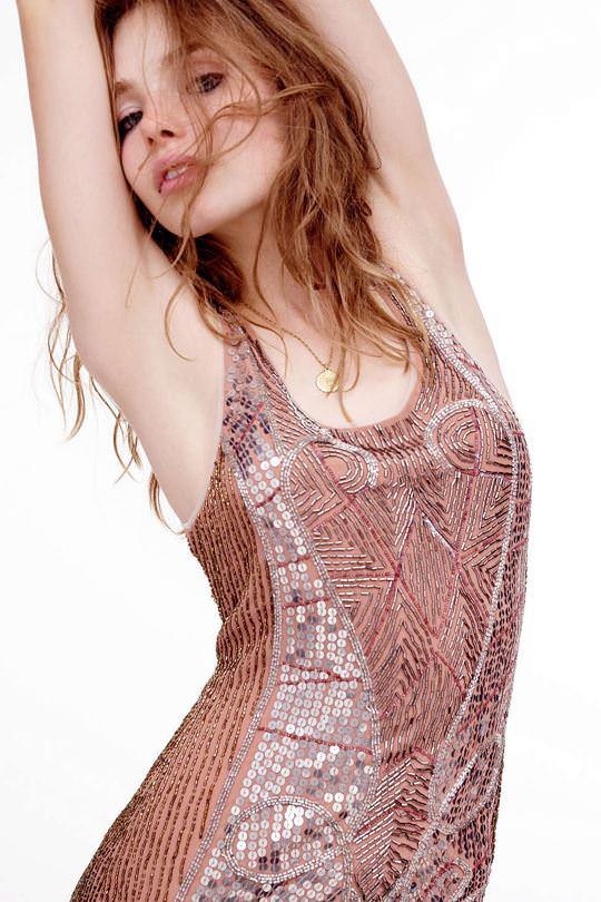 【外人】これぞ美少女顔なロリ娘クリスティン・フローセス(Kristine Froseth)のモデル写真ポルノ画像 3612