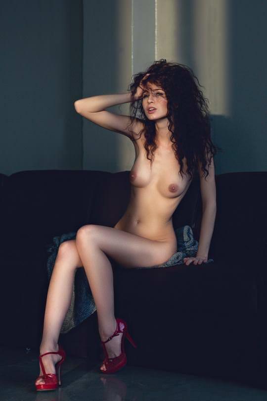 【外人】彼女たちの存在が美しいアートな海外美女達のセミヌードポルノ画像 4010