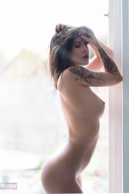 【外人】綺麗な赤毛を身に纏った美乳おっぱいヌードのポルノ画像 4115