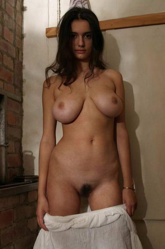 【外人】可愛さとDカップ巨乳おっぱいを兼ね備えたウクライナ最強の女神フェリシティ(Felicity Fey)のポルノ画像 4215