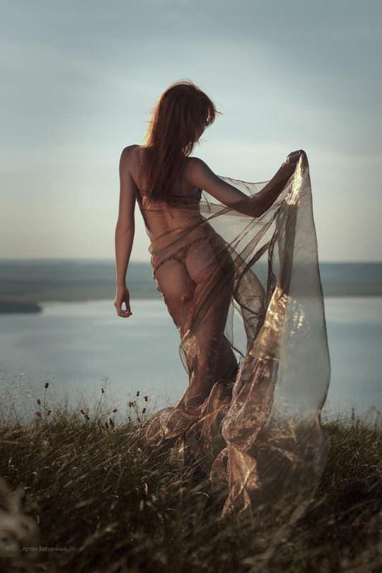 【外人】綺麗な赤毛を身に纏った美乳おっぱいヌードのポルノ画像 4412