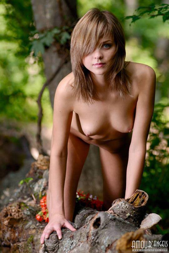 【外人】ロシアの貧乳ロリ洋ティーンのユリア(Yuliya)が可愛すぎるポルノ画像 523