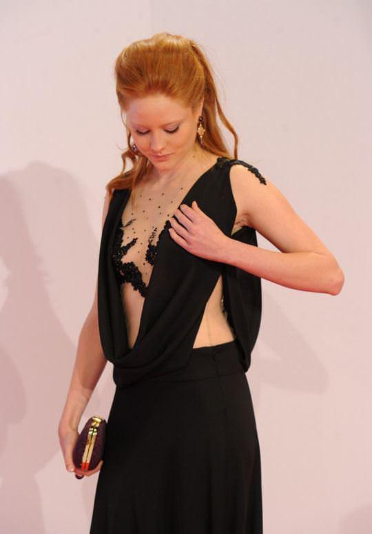 【外人】ドイツ人スーパーモデルのバーバラ・マイヤー(Barbara Meier)の乳首がピンク過ぎるおっぱいポルノ画像 534