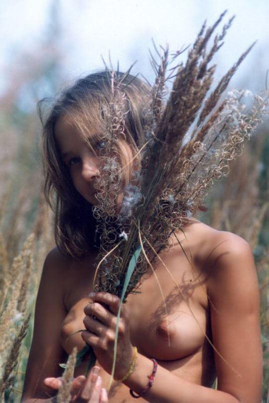 【外人】世界の美女を集めたセクシーヌードポルノ画像 612