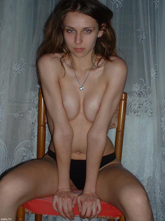 【外人】素人の域を超えてるルーマニア美女の美巨乳おっぱいのポルノ画像 694