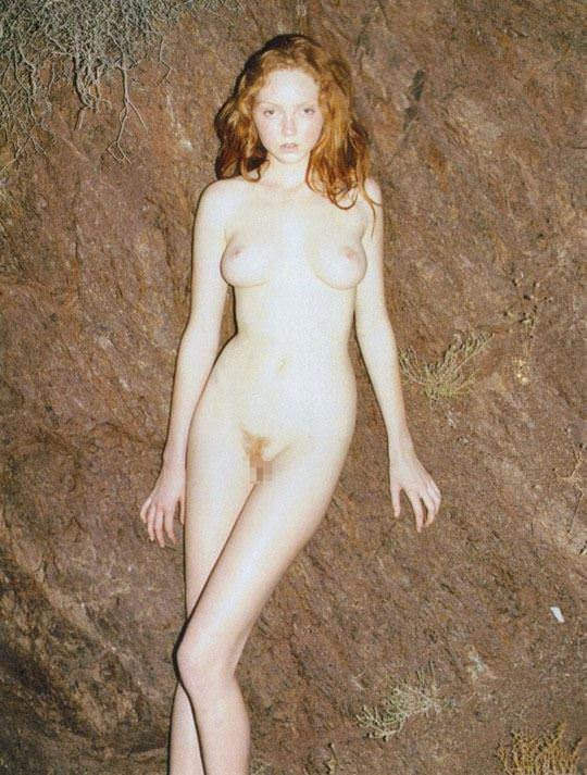 【外人】イギリス人モデルのリリー・コール(Lily Cole)が赤毛のロリ少女の様なヘアヌードポルノ画像 710