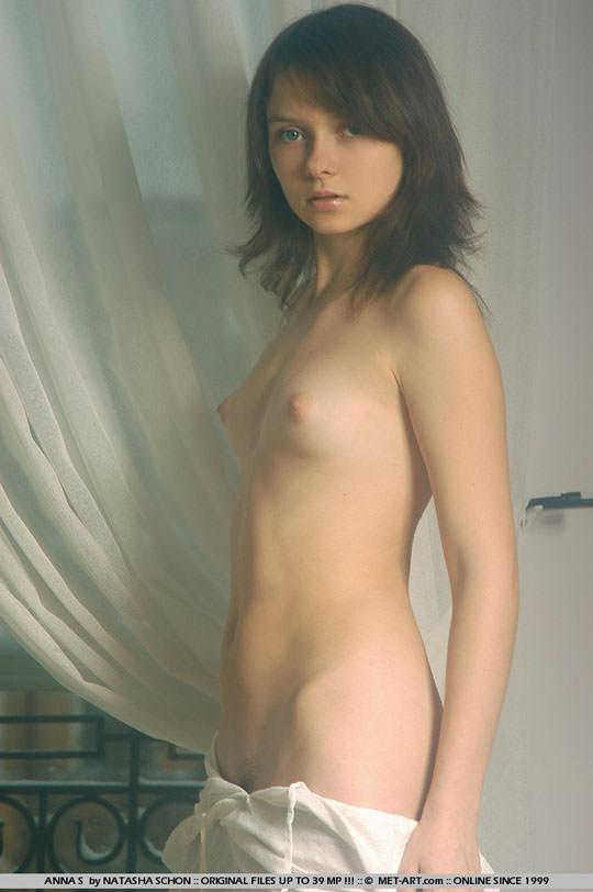 【外人】ロリ顔半端ないアンナ(Anna S)の天使のようなヘアヌードポルノ画像 732