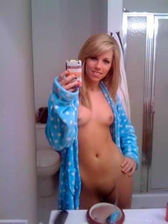 【外人】モデル体型のエッチな素人が続出する海外娘の自画撮りヌードポルノ画像 975