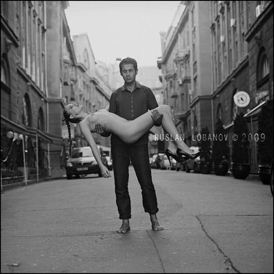 【外人】ウクライナの写真家ルスラン・ロバノーヴ(Ruslan Lobanov)の映画のワンシーンのようなポルノ画像 984