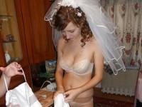 【外人】海外の美人花嫁がドレスでおっぱいポロリしてるポルノ画像