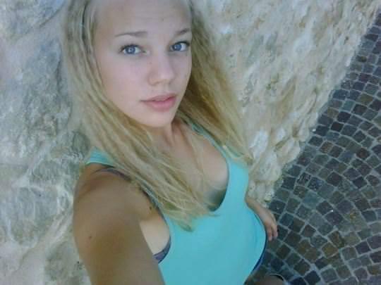 【外人】顔面偏差値が高いクッソ可愛いヨーロピアン美少女たちのポルノ画像 0149