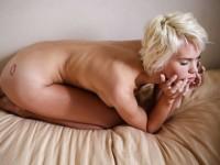 【外人】ボーイッシュなモデルのケルシー(Kelsey)を写真家ダニー·レーン(Danny Lane)が撮影したフルヌードポルノ画像
