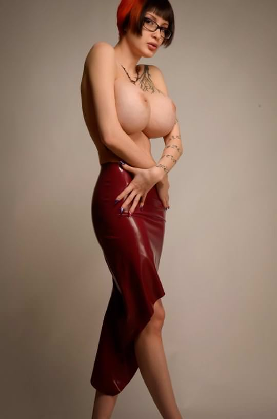 【外人】美人さんなのに爆乳おっぱいのグラマラスお姉さんたちのポルノ画像 10