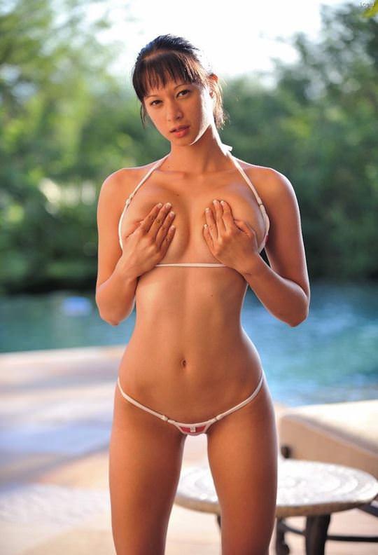 【外人】日本人顔の長身フィリピーナのナイスバディグラビアのポルノ画像 1030