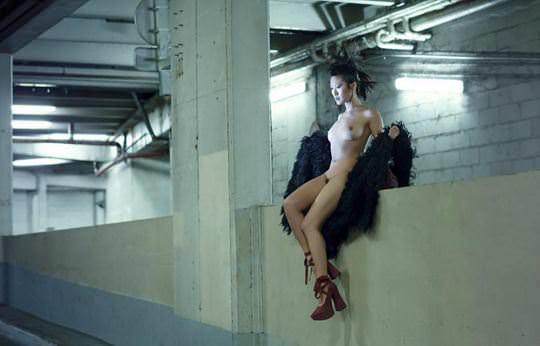 【外人】超美人な無名ファッションモデルが裸になって自分を売り込むヌードポルノ画像 11103