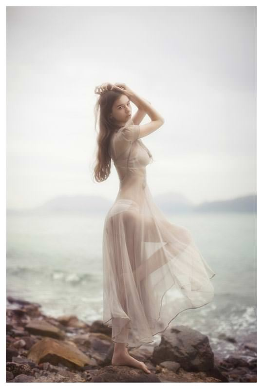 【外人】処女の様な北欧の天使オルガ(Olga B)の下着セミヌードポルノ画像 11108