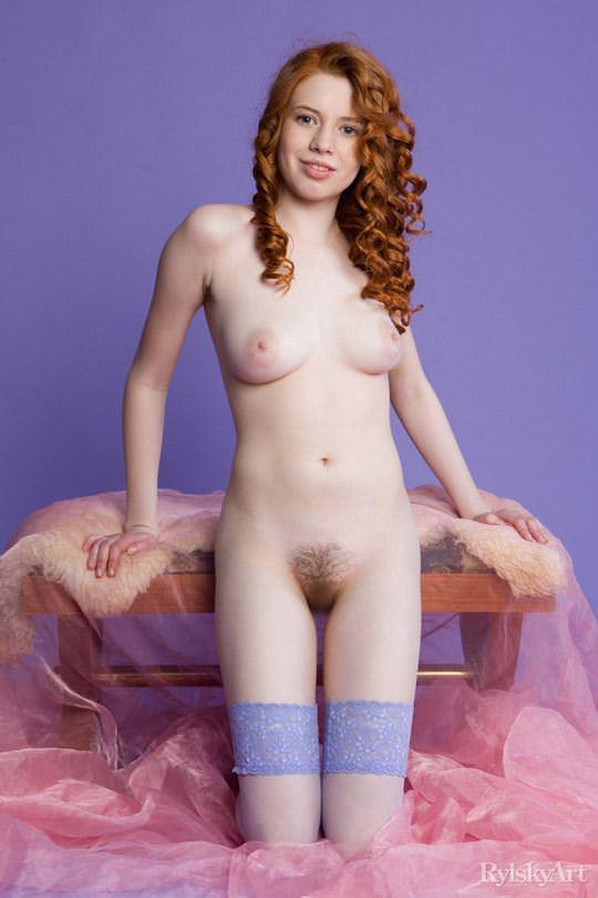 【外人】赤毛のロシアンヌードモデルのジリアン(Gillian)のマン毛とワキ毛のポルノ画像 11122