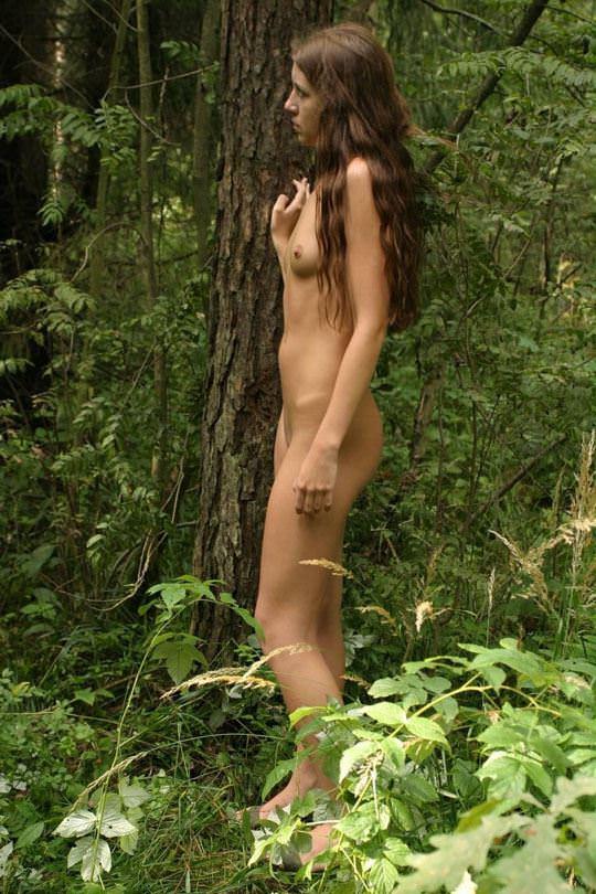 【外人】大自然でヌードグラビア撮影する妖精な白人美女達の野外露出ポルノ画像 1182