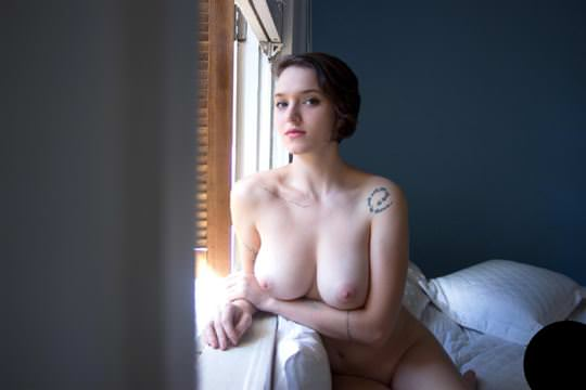【外人】タトゥーで白い肌を着飾る白人美女のフルヌードポルノ画像 1196