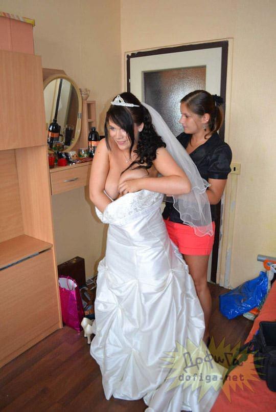 【外人】海外の美人花嫁がドレスでおっぱいポロリしてるポルノ画像 1233