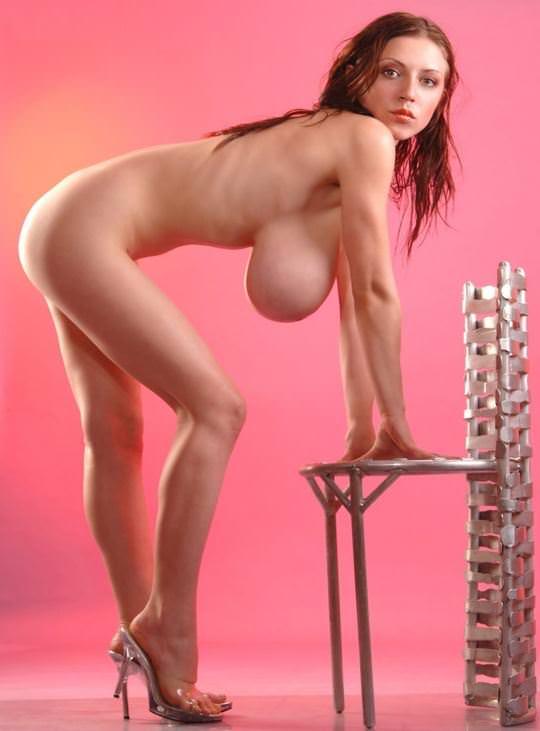 【外人】美人さんなのに爆乳おっぱいのグラマラスお姉さんたちのポルノ画像 17