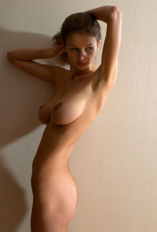【外人】無名でもクッソ可愛いモデルがヌード晒してるポルノ画像 1749