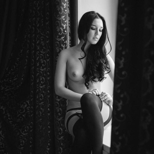 【外人】モノクロ写真で撮られたヌードグラビアのポルノ画像 2157