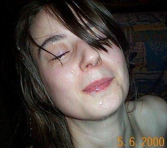 【外人】洋ティーンの素人娘の顔面にザーメンぶっかけた顔射ポルノ画像 271