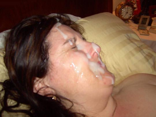 【外人】洋ティーンの素人娘の顔面にザーメンぶっかけた顔射ポルノ画像 32