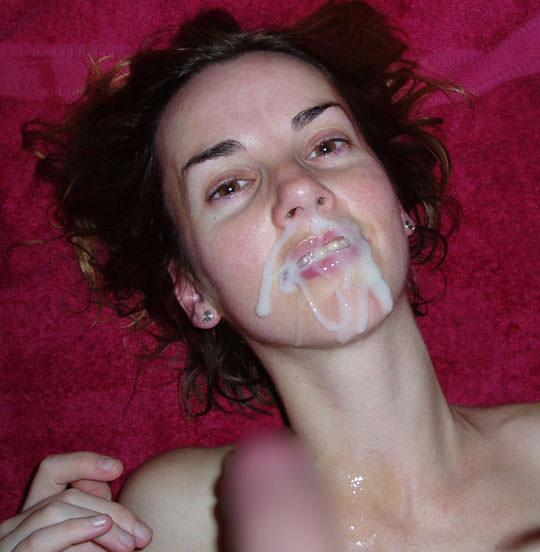 【外人】洋ティーンの素人娘の顔面にザーメンぶっかけた顔射ポルノ画像 34