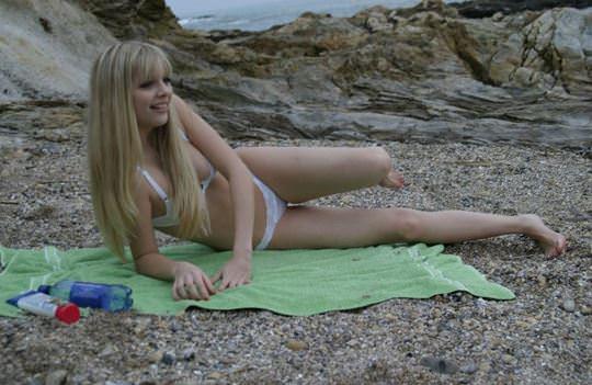 【外人】豊満な体に溺れたい海外美女のビキニポルノ画像 3412