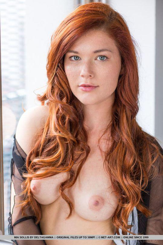 【外人】チェコ共和国出身の赤毛美少女ミア(Mia Sollis)のおっぱいとまんこのポルノ画像 345