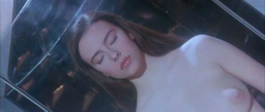 【外人スペースバンパイアのフランス人女優マチルダ・メイ(Mathilda May)の極上おっぱいポルノ画像 348
